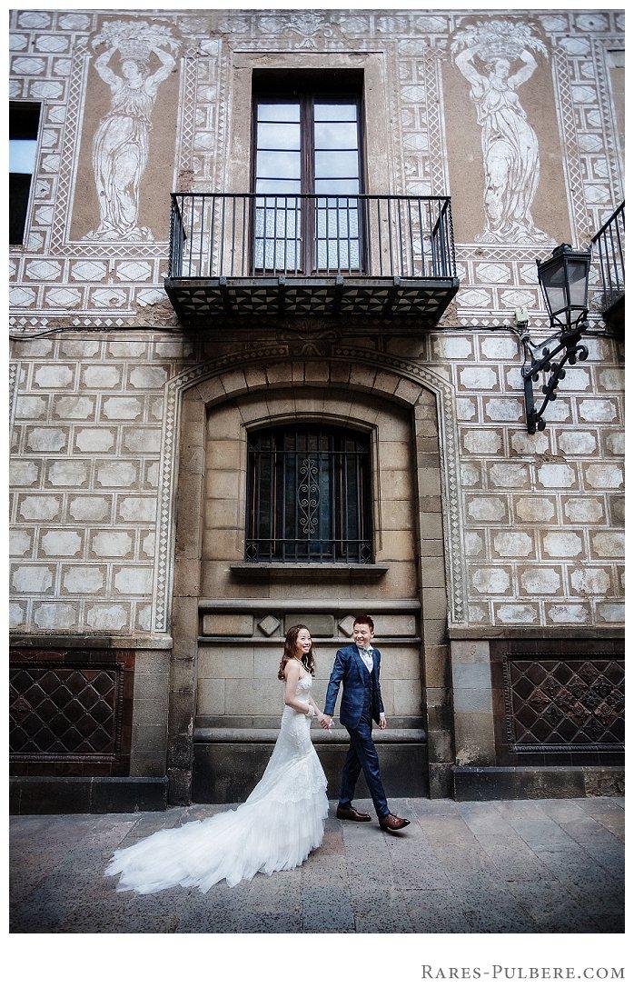 Barcelona gothic quarter prewedding