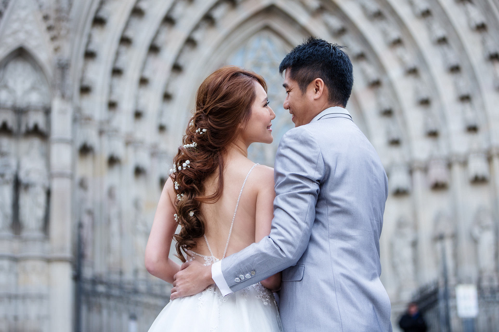 Barcelona prewedding photographer